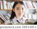 圖書館裡的學生 36914851