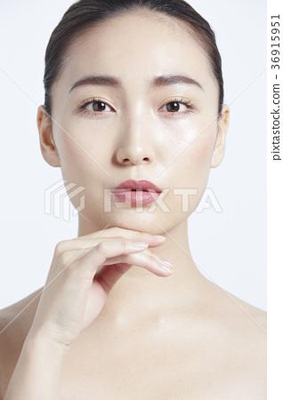 美麗的女人美容肖像 36915951