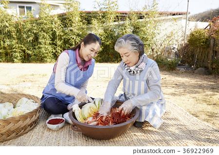 成年人,妇女,泡菜,泡菜,生活 36922969