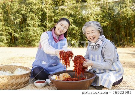 成年人,妇女,泡菜,泡菜,生活 36922993