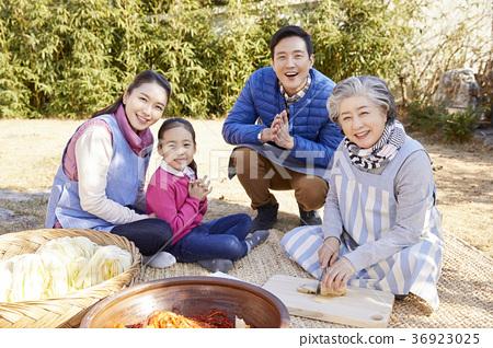 가족,한국인,김치,김장,생활 36923025