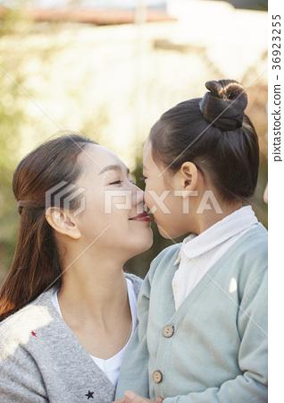 엄마,딸,가족,한국인,행복 36923255