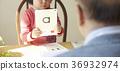 有孩子学习的前辈 36932974