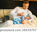 baby, newborn, feeding 36939707