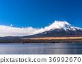 lake, yamanaka, snowcap 36992670