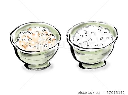 Brown rice and white rice 37013132
