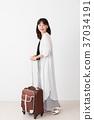 여성, 여자, 여행가방 37034191