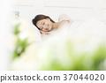 젊은여자, 잠, 눕기 37044020
