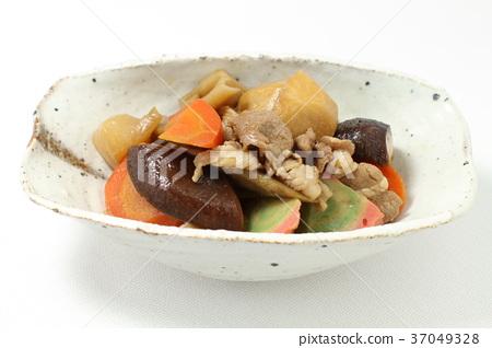 炖食物,北海道风味美食,炖蔬菜,根菜类蔬菜和肉类 37049328