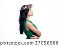 woman beautiful garland 37056966
