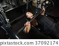เทรนนิ่ง,เล่นกล้าม,ผู้ชาย 37092174