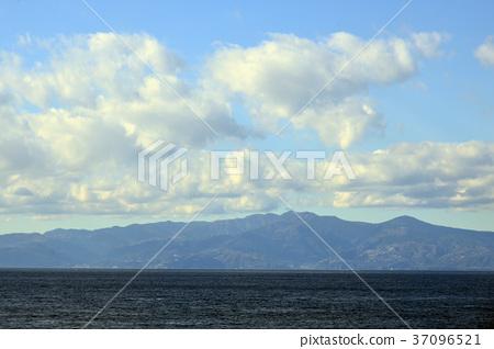 Distant Izu Amagiyama from Oshima 37096521