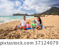 family, beach, coast 37124079