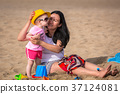 beach, family, coast 37124081