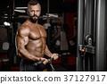 bodybuilder gym male 37127917