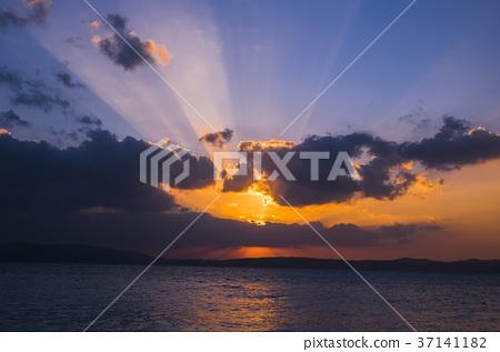 第一個日出早晨日出日出早晨 37141182