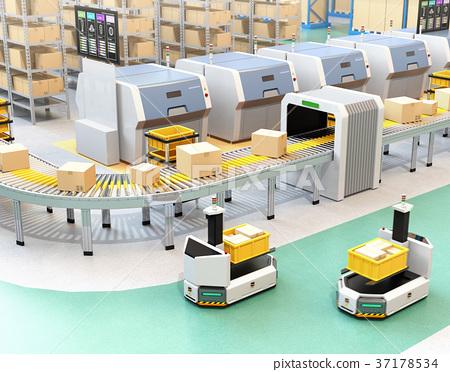 공장에 부품 상자를 운반하는 지게차 형 무인 반송 차 AGV. 스마트 공장의 개념 37178534