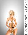 saxophone jazz person 37185787