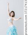 肚皮舞舞者 肚皮舞 成熟的女人 37217413