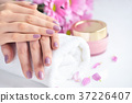 flower, hand, manicure 37226407