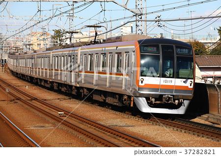 Tokyo Metro 10000 Series Train Fukutoshin Line 37282821
