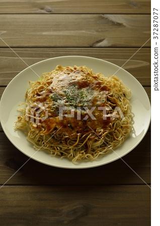 Okonomiyaki 37287077