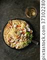 Vongole in sauce 37302280