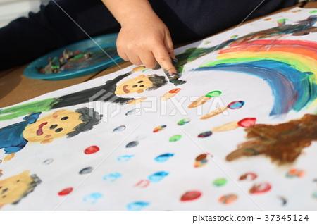 어린이 그림 그리기 37345124