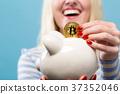 硬币 钱币 女人 37352046