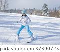 儿童滑雪 37390725