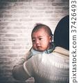 여성, 실내, 아기 37426493
