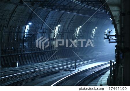 Underground railway 37445190
