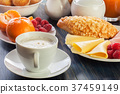 breakfast, cheese, croissant 37459149