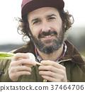農業蔬菜收穫外國人男子 37464706