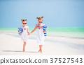 adorable, girl, towel 37527543