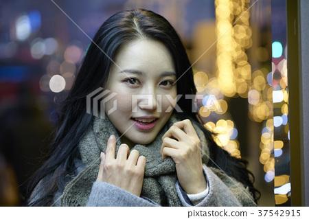 서울 명동 밤거리 37542915