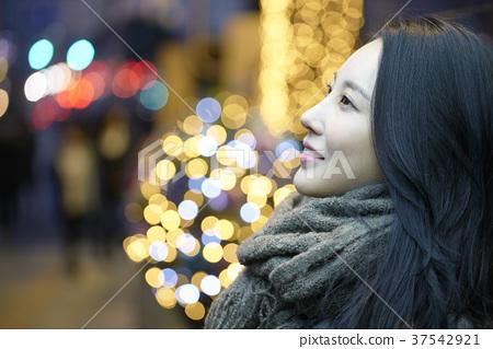 서울 명동 밤거리 37542921