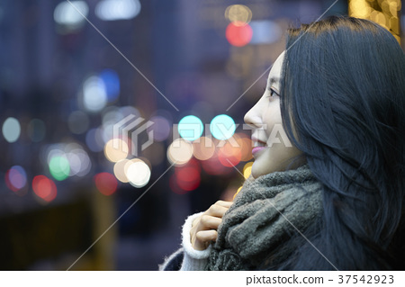 서울 명동 밤거리 37542923