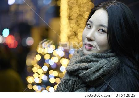 서울 명동 밤거리 37542925