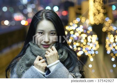 서울 명동 밤거리 37542927