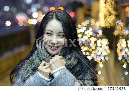 서울 명동 밤거리 37542928