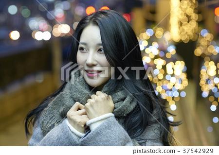 서울 명동 밤거리 37542929
