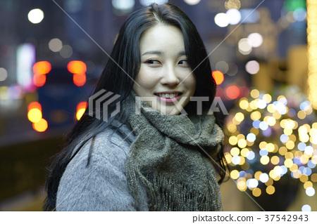 서울 명동 밤거리 37542943