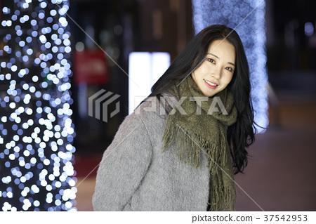 서울 명동 밤거리 37542953