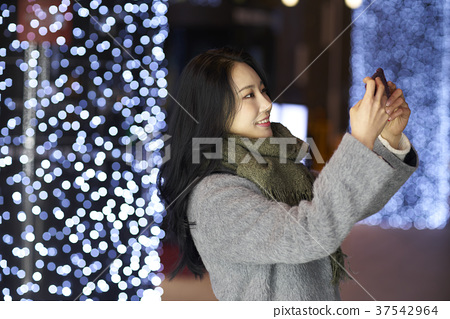 서울 명동 밤거리 37542964