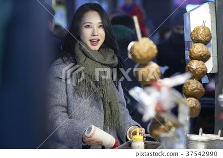 서울 명동 밤거리 37542990