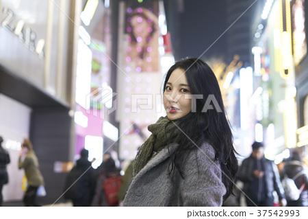서울 명동 밤거리 37542993