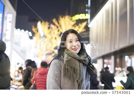 서울 명동 밤거리 37543001