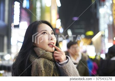 서울 명동 밤거리 37543170