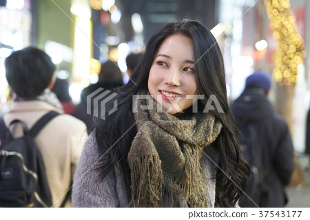 서울 명동 밤거리 37543177